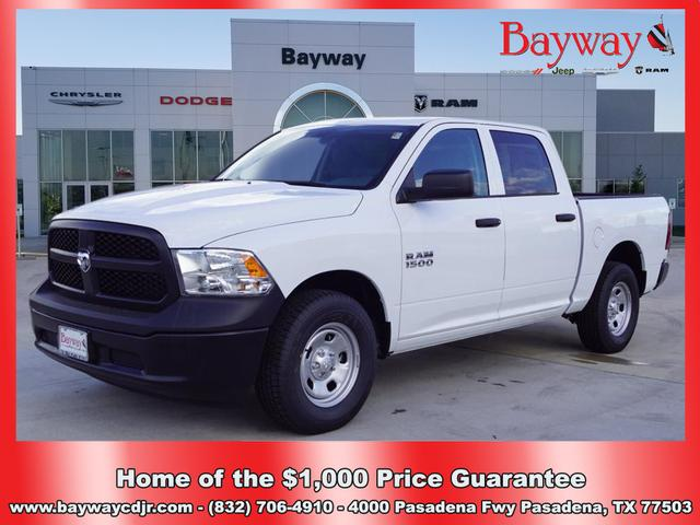 New 2018 RAM 1500 RAM 1500 ST CREW CAB 4X2 140 IN WB