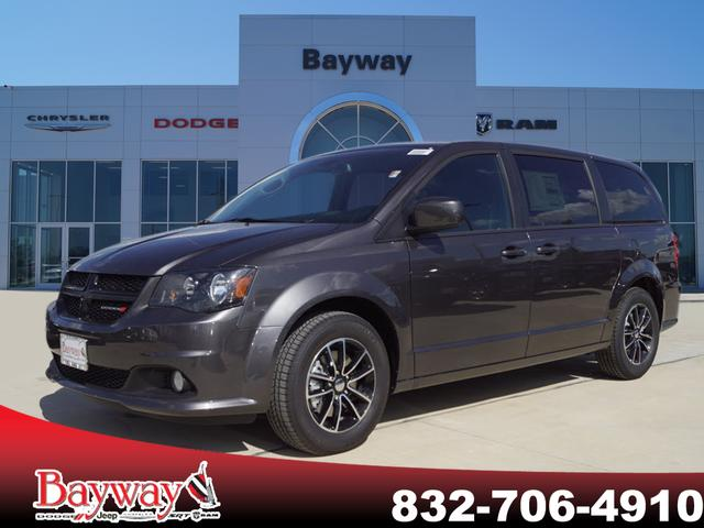 New 2019 Dodge Grand Caravan Se Plus Passenger Van In Pasadena
