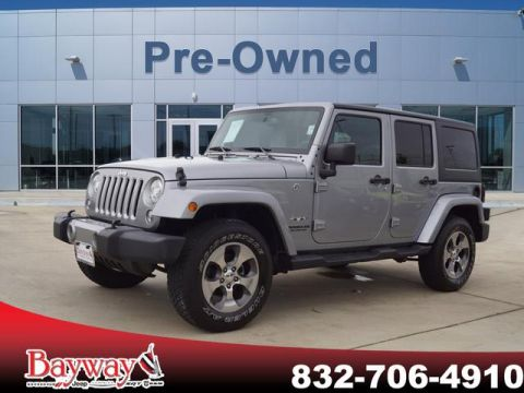 Pre-Owned 2017 Jeep Wrangler Unlimited SAHA