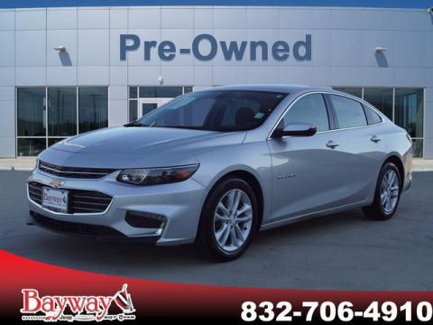 PRE-OWNED 2017 CHEVROLET MALIBU LT FWD SD